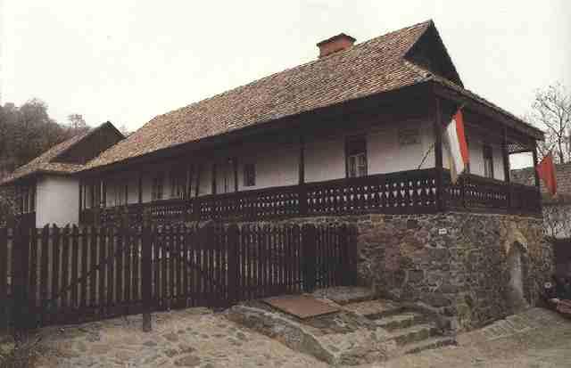 东北木头房子图片